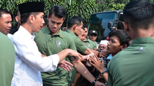Jokowi Rayakan Idul Fitri di Istana Bogor
