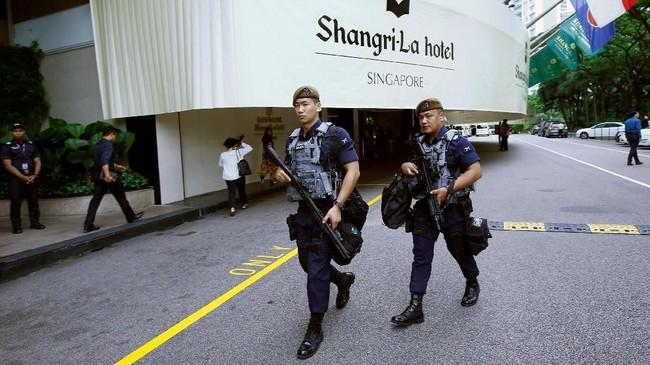 Untuk itu, Singapura mengerahkan Kontingen Gurkha, divisi khusus kepolisian yang terdiri dari warga asal Nepal berkemampuan tinggi. (REUTERS/Edgar Su/File Photo)