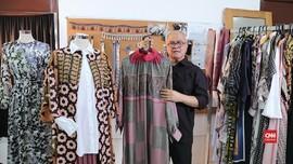 VIDEO: Tips Padu Padan Baju Lebaran ala Itang Yunasz