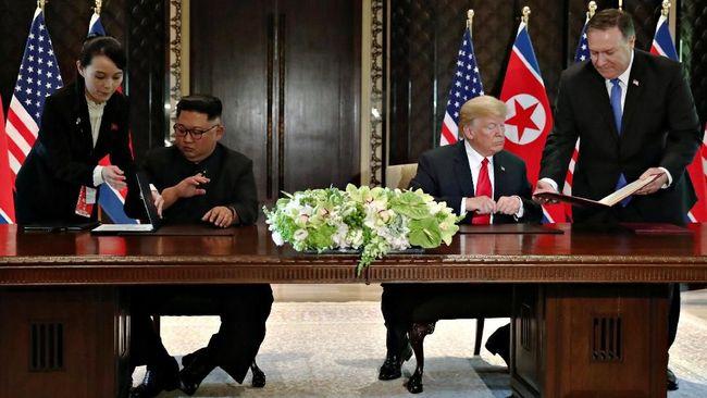 Adik Kim Jong-un Tukar Pulpen Sebelum Teken di Detik Terakhir