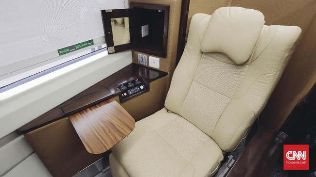 Para penumpang kereta sleeper class akan memperoleh layanan serupa dengan kelas bisnis di pesawat. (CNNIndonesia/Adhi Wicaksono)