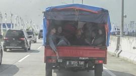 Mobil Bak Terbalik di Tangerang, 3 Pelajar Tewas