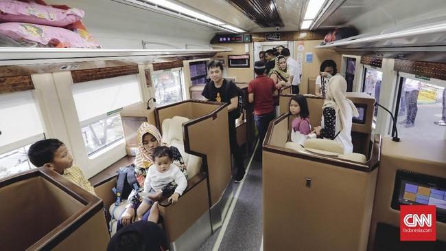 Satu gerbong kereta sleeper class hanya akan memuat 18 penumpang guna memberikan kenyamanan.(CNNIndonesia/Adhi Wicaksono)