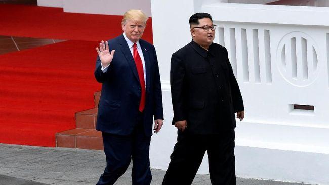 Trump Bersedia Jejakkan Kaki di Korut dengan Kim Jong-un
