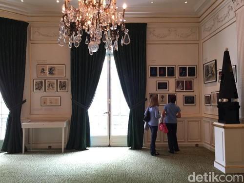 Museum Yves Saint Laurent, Destinasi Wajib Fashionista di Paris