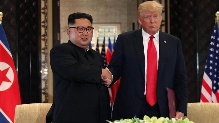 residen Amerika Serikat (AS) Donald Trump mengatakan pembicaraan dengan Pemimpin Korea Utara Kim Jong Un memang berlangsung alot awalnya.