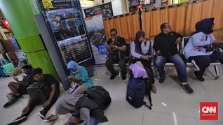 Gangguan Sinyal di Karawang Pulih, Antrean KA Mulai Terurai