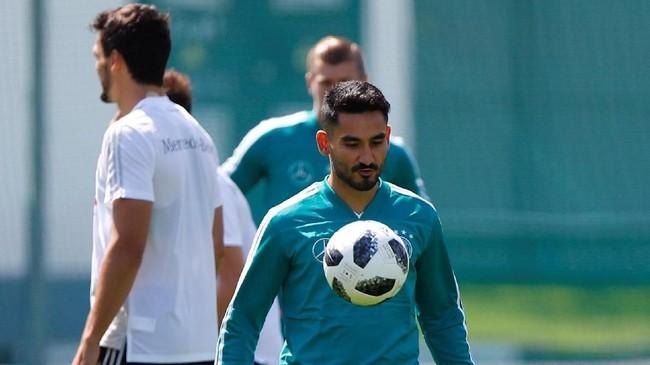 Gelandang timnas Jerman lainnya Ilkay Guendoganbakal jadi salah satu andalan lini tengah Die Mannschaftdi Piala Dunia 2018. (REUTERS/Axel Schmidt)