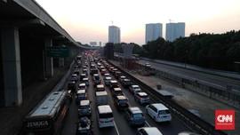 H-5 Natal, 50 Ribu Kendaraan Tinggalkan Jakarta via Cikampek