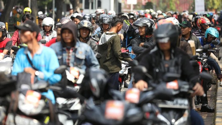 Jutaan Mobil Mudik Sudah Kembali, Besok Jakarta Macet Lagi!