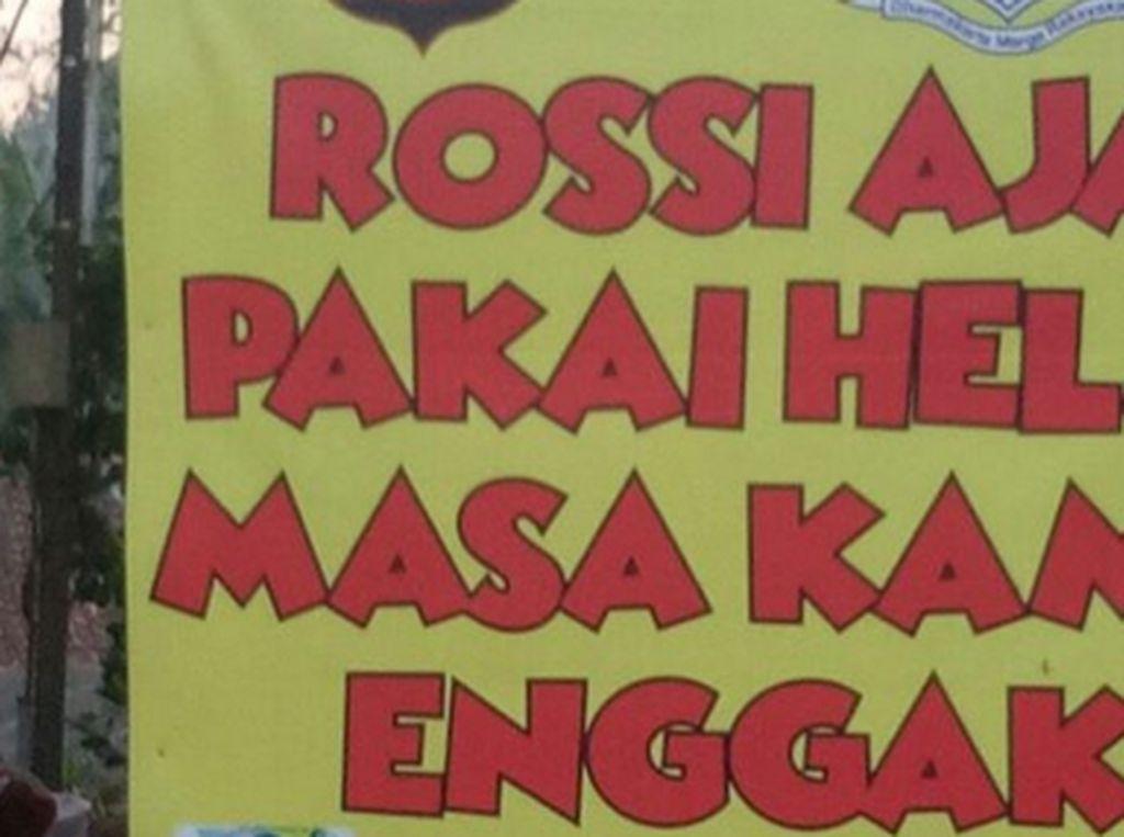 Pake dong biar kaya Rossi. (Foto: Internet)