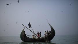 Myanmar Sita Kapal yang Bawa 93 Rohingya Kabur ke Malaysia
