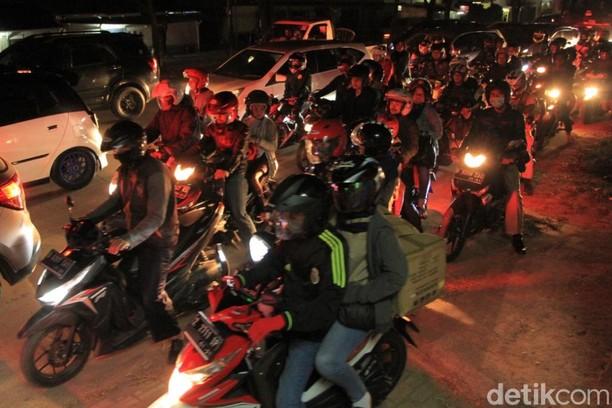 Imbas Macet di Jalur Nagreg, Polisi Berlakukan Sistem One Way