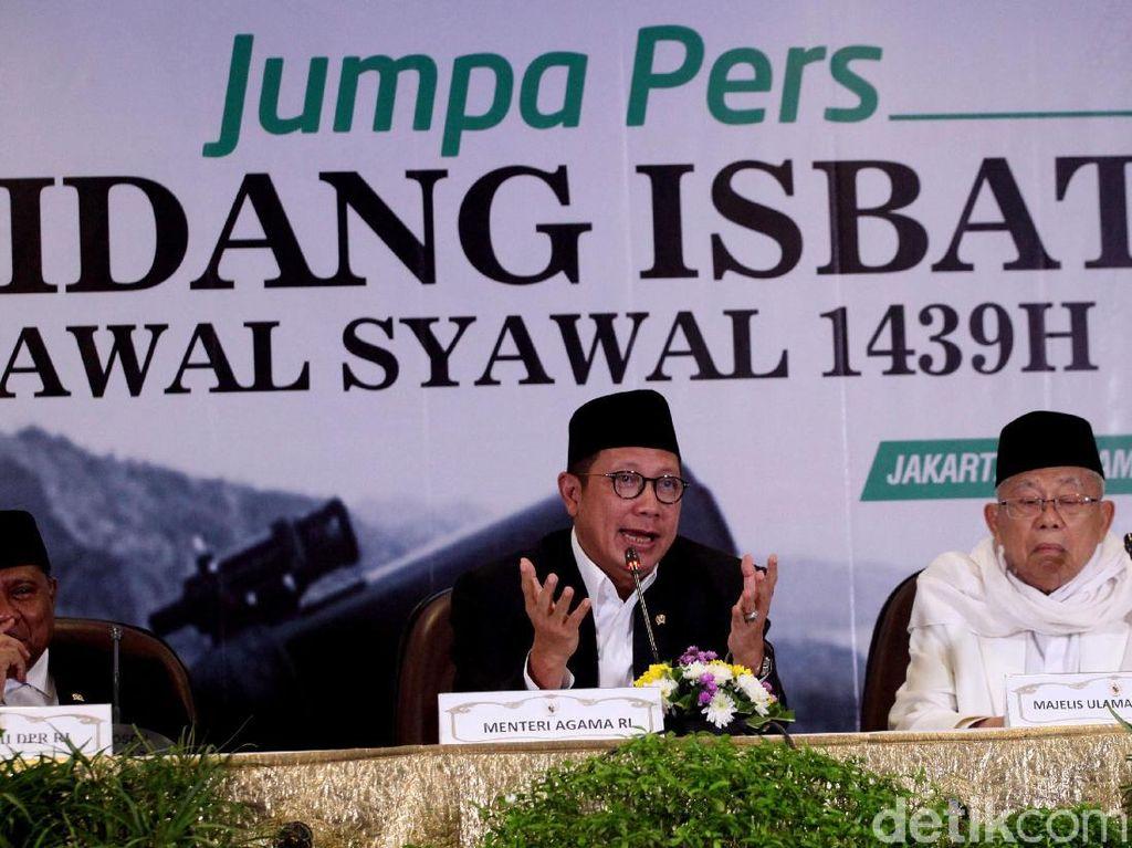 Hal itu sebagaimana diatur di dalam Fatwa Majelis Ulama Indonesia Nomor 2 Tahun 2004 tentang Penetapan Awal Ramadan, Syawal, dan Dzulhijjah.
