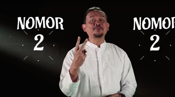 Berita Heboh: Lebaran 15 Juni, Video Editan Cak Lontong
