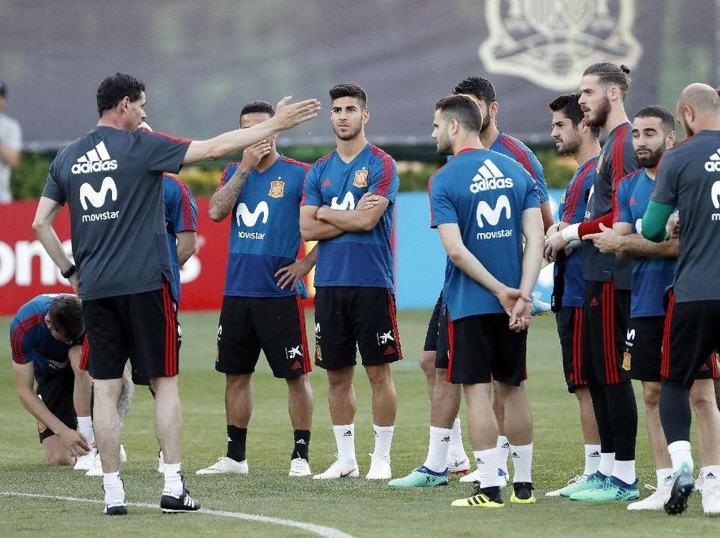 Label favorit tak terlepas dari tren tak terkalahkan Spanyol di bawah Lopetegui. Dalam 20 pertandingan, tim Matador memetik 14 kemenangan dan enam hasil imbang. (Foto: Getty Images)