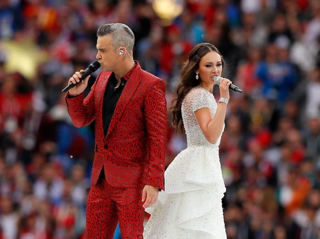 Pesona Aida Garifullina, Penyanyi Opera Cantik Pembuka Piala Dunia 2018