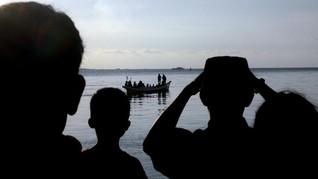 BNPB Klarifikasi Foto Hoaks Kapal Tenggelam di Danau Toba