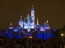 Corona Mau Good Bye, Disney Buka Taman Hiburan April
