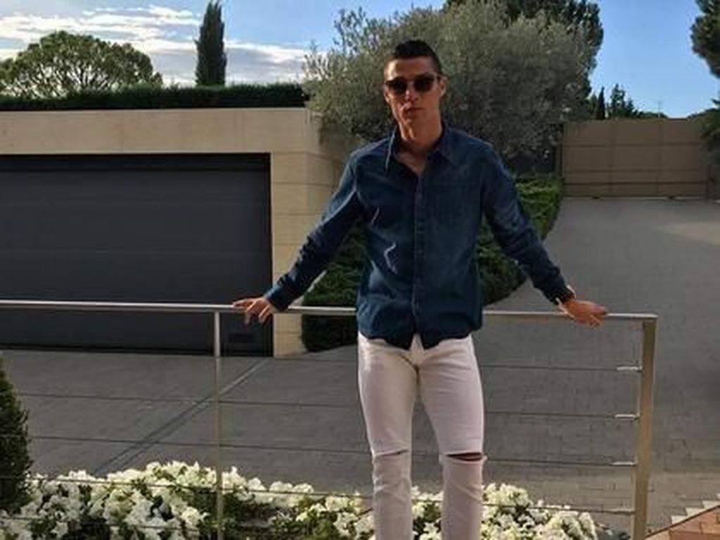 Adu Gaya Stylish Kapten Tim Portugal vs Spanyol di Piala Dunia 2018