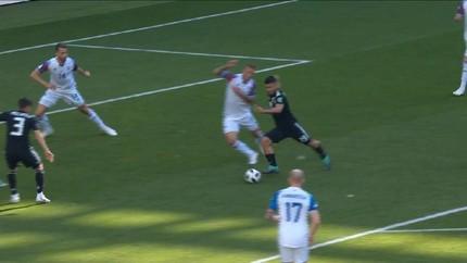 VIDEO: Islandia Tahan Argentina 1-1 di Babak Pertama
