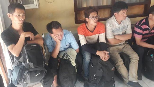WNA China Tanpa Identitas Ditangkap Polisi Saat ke Warung