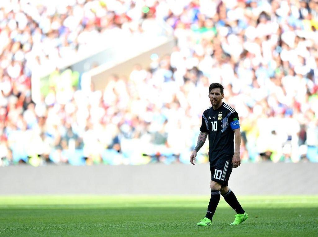 Pendek Seperti Messi, 10 Legenda Sepak Bola Ini Tetap Bisa Berprestasi