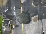Jepang Dilanda Gempa 6,1 SR, Lubang Besar Menganga di Jalan