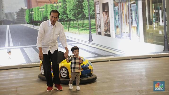 Presiden Joko Widodo (Jokowi) tak memungkiri bahwa tidak semua kalangan elit bisa betul-betul menerimanya sebagai kepala negara.