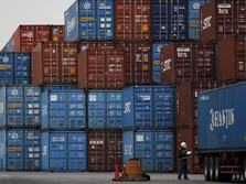 Surplus China dengan AS Turun, Trump Menang Perang Dagang?