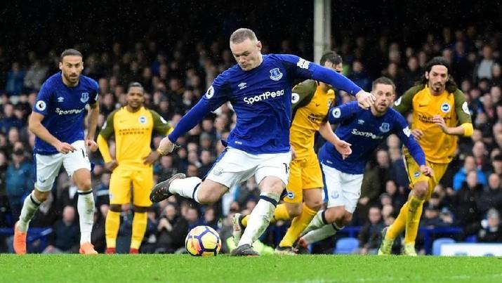 Klub sepak bola Everton mengonfirmasi telah melakukan isolasi kepada anggota dan tim pelatih mereka