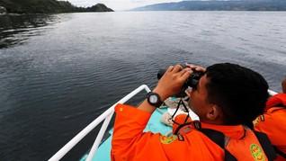 Kemenhub Setop Operasi Kapal di Danau Toba