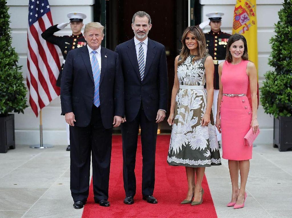 Foto: Adu Gaya Melania Trump vs Ratu Letizia di Gedung Putih