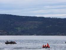 Diterjang Badai, Ada Kapal Kecelakaan Lagi di Danau Toba