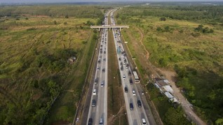 Ada Kecelakaan, Lalu-lintas Jakarta-Cikampek Padat