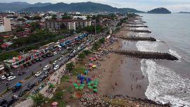Pantai Padang, Titik 'Sunset' Kebanggaan Sumatera Barat