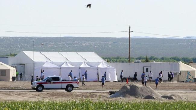 Sekretaris Jenderal PBB Antonio Guterres pun angkat suara. Dia memperingatkan bahwa pengungsi dan migran anak-anak tidak boleh mengalami trauma karena dipisahkan dari orang tua mereka. (REUTERS/Jose Luis Gonzalez)