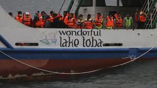 Menhub Bentuk Tim Ad Hoc Atasi Masalah Pelayaran Danau Toba