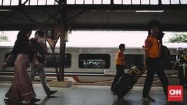 Arus Balik di Stasiun Senen Meningkat