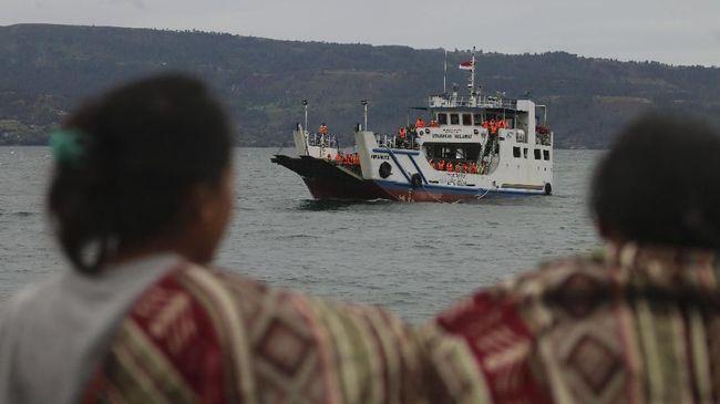 Seluruh Korban Kapal Tenggelam di Nias Selamat