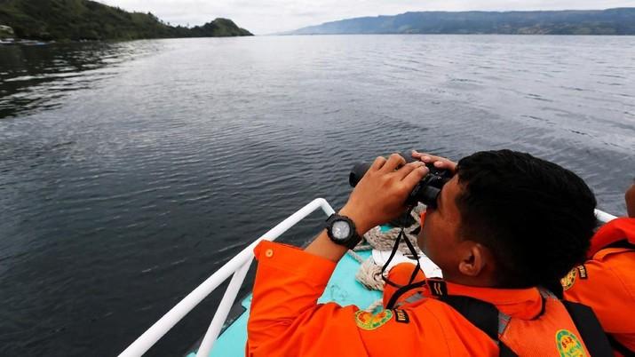 BMKG Beri Peringatan Gelombang Tinggi 6 Meter di Perairan RI