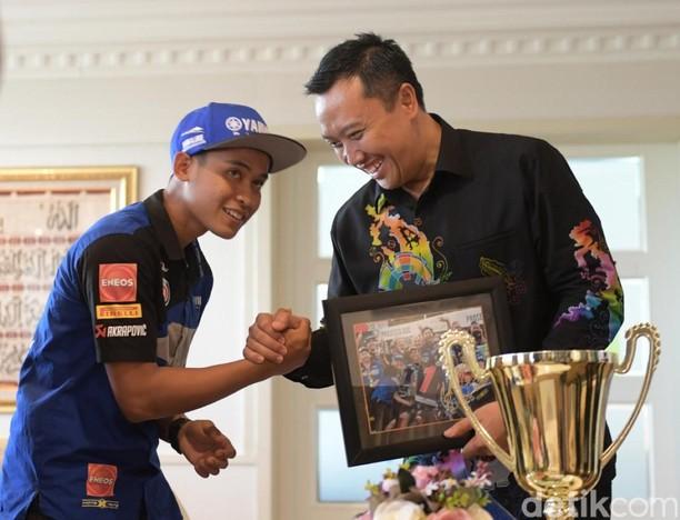 Menpora Harap Pebalap Ini Jadi Valentino Rossi-nya Indonesia