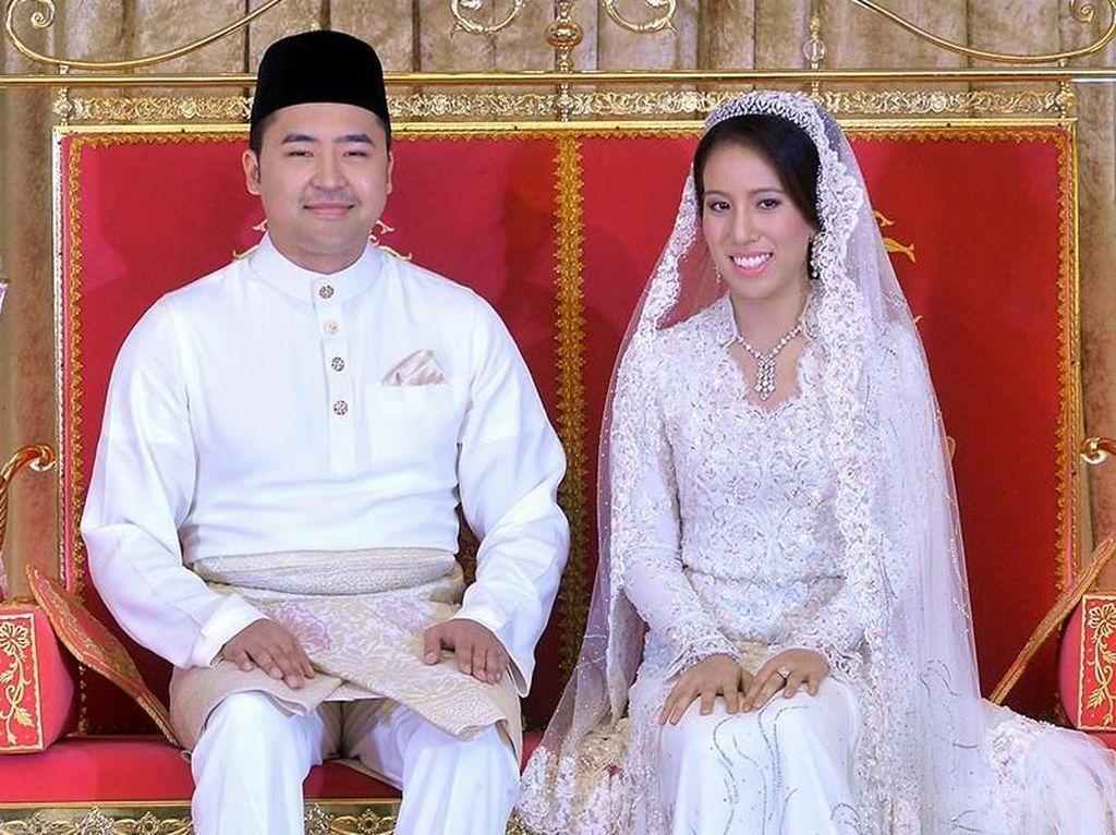 Saat itu, pernikahan Nooryana dan Daniyar digelar secara mewah di Kuala Lumpur. Foto: BERNAMA