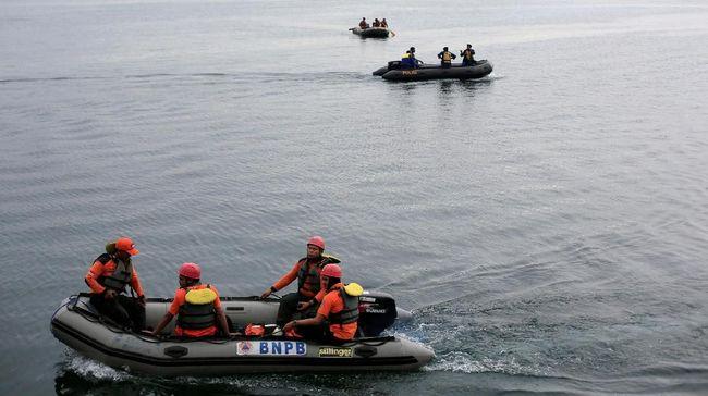 Detik-detik KM Fungka Terbakar di Perairan Sulawesi Tenggara