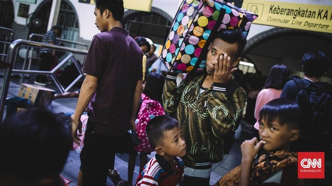 FOTO : Jakarta, Magnet Para Perantau yang Mengadu Nasib