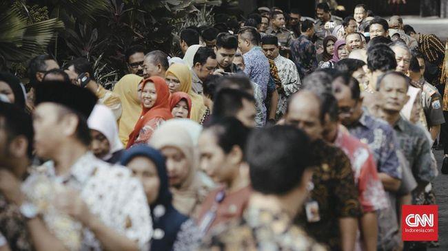 Jokowi: Tahun 2019, Gaji PNS dan Pensiunan Naik 5 Persen