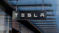 Tesla Inc Borong Bitcoin US$ 1,5 Miliar, Buat Apa Sih?