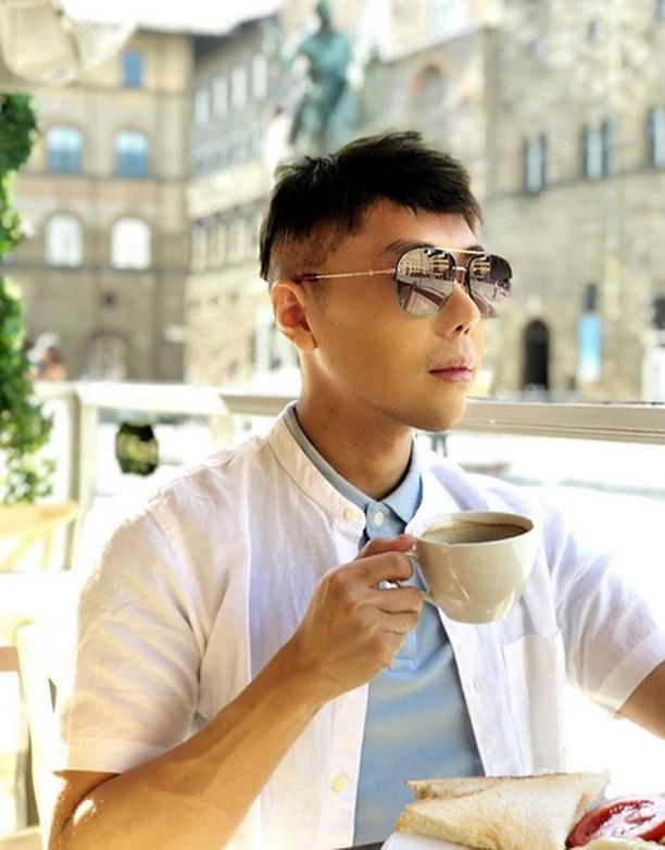 Penampilan Roy Kiyoshi yang Curi Perhatian Netizen
