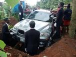 Di Nigeria, Mobil BMW X5 Dijadikan Peti Jenazah