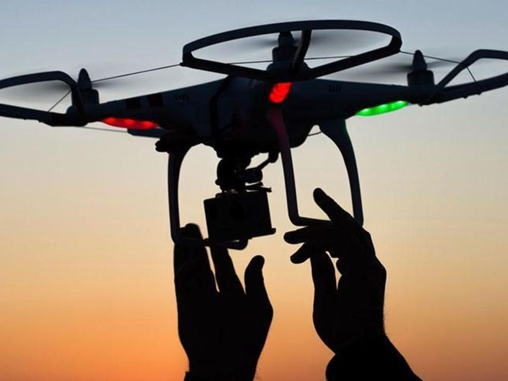 Terbangkan Drone Sembarangan, Turis Ini Kenda Denda Jutaan Rupiah